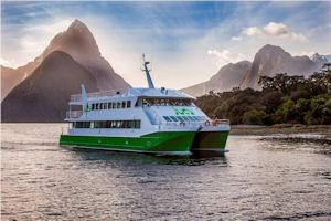 JUCY Cruise Classic Coach + Cruise Tours